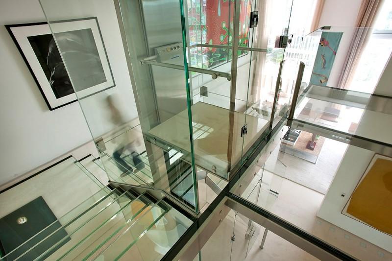 elevador-de-vidro-cobertura-em-sao-paulo-pela-arquiteta-fernanda-marques