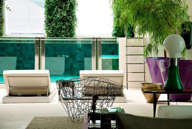 piscina-visor-de-vidro-cobertura-em-sao-paulo-pela-arquiteta-fernanda-marques