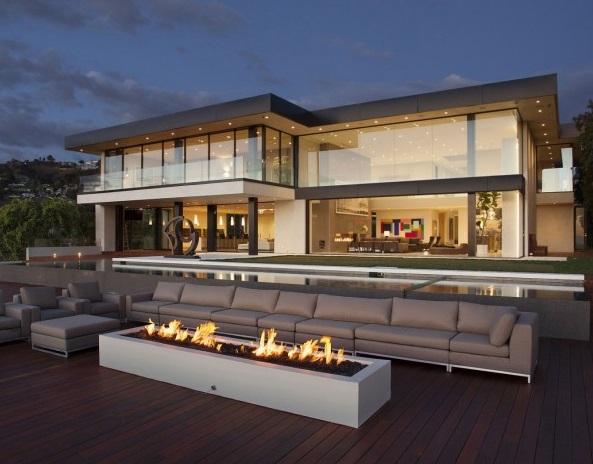 Fachadas de casas en los angeles california fachadas de for Casas modernas los angeles