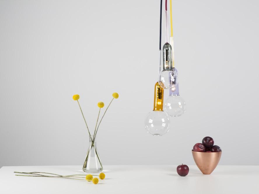 vasos-e-luminarias-em-vidro-por-sarah-colson
