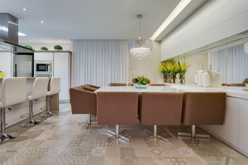 decoracao-cozinha-em-ilha-integrada-sala-projeto-residencial-por-machado-weiss-arquitetura