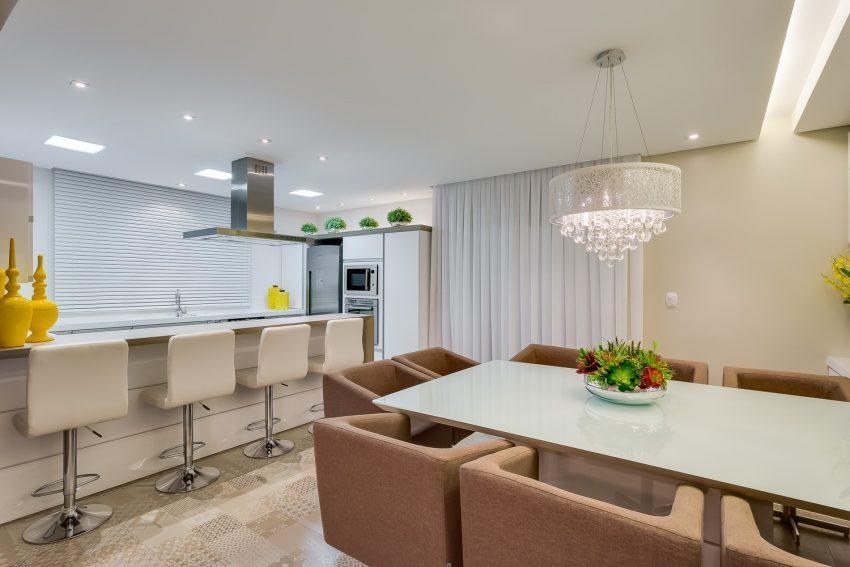 decoracao-cozinha-integrada-sala-projeto-residencial-por-machado-weiss-arquitetura