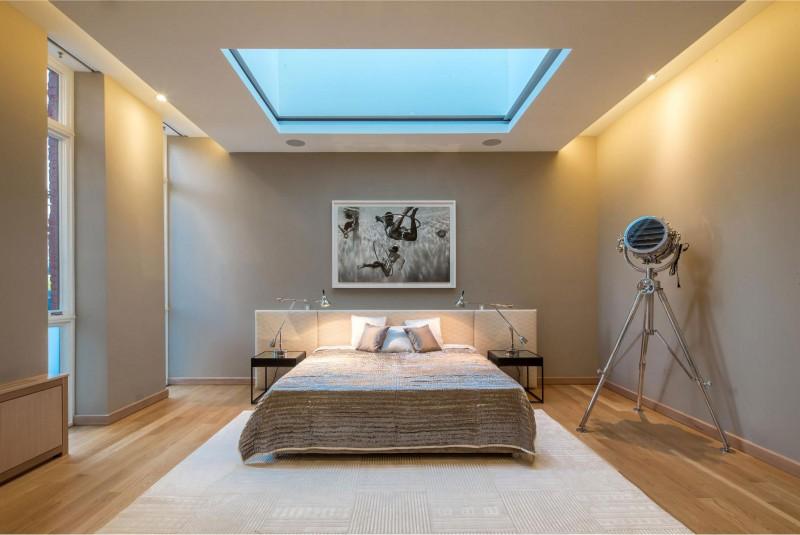 claraboia-de-vidro-no-quarto