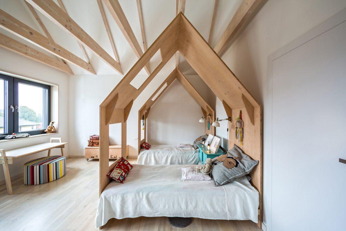 decoracao-quarto-chale-projeto-residencial-em-borowiec-polonia-por-modelina