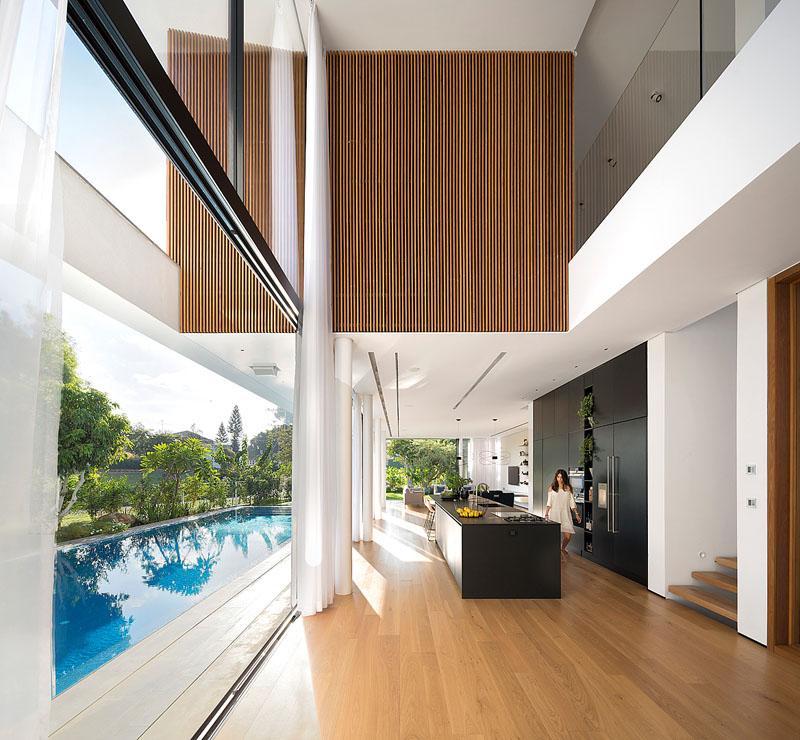 ambientes-internos-integrados-a-piscina-casa-em-rishon-lezion-israel