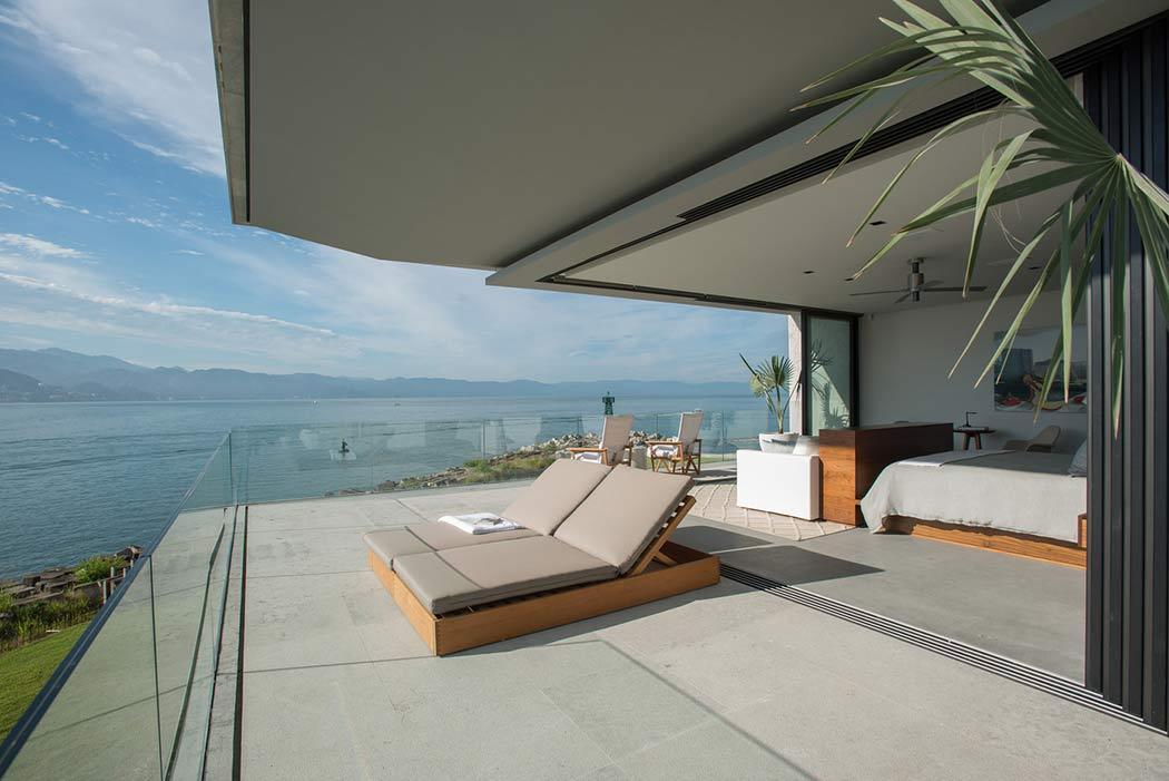 Projeto de Quarto com Paredes de Vidro por Ezequiel Farca Arquitetura