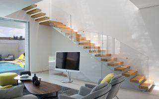 escada-de-vidro-e-madeira