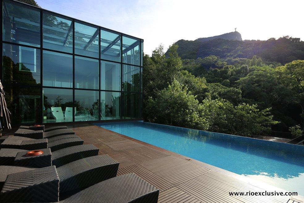 fachada-de-vidro-pe-direito-8-metros-mansao-jardim-botanico-rio-de-janeiro