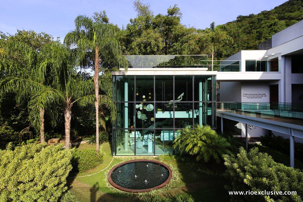 fachada-de-vidro-pe-direito-alto-mansao-jardim-botanico-rio-de-janeiro