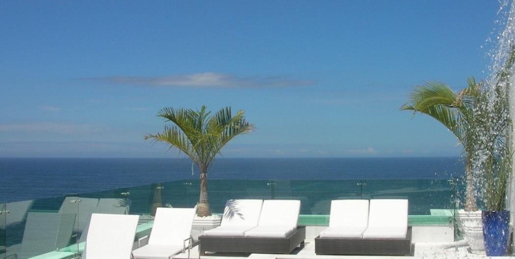 guarda-corpo-de-vidro-com-spider-terraco-cobertura-duplex-em-copacabana