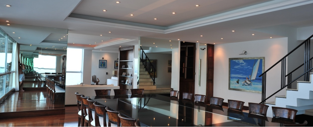 sala-de-jantar-cobertura-duplex-em-copacabana-vista-praia-corcovado-pao-de-acucar