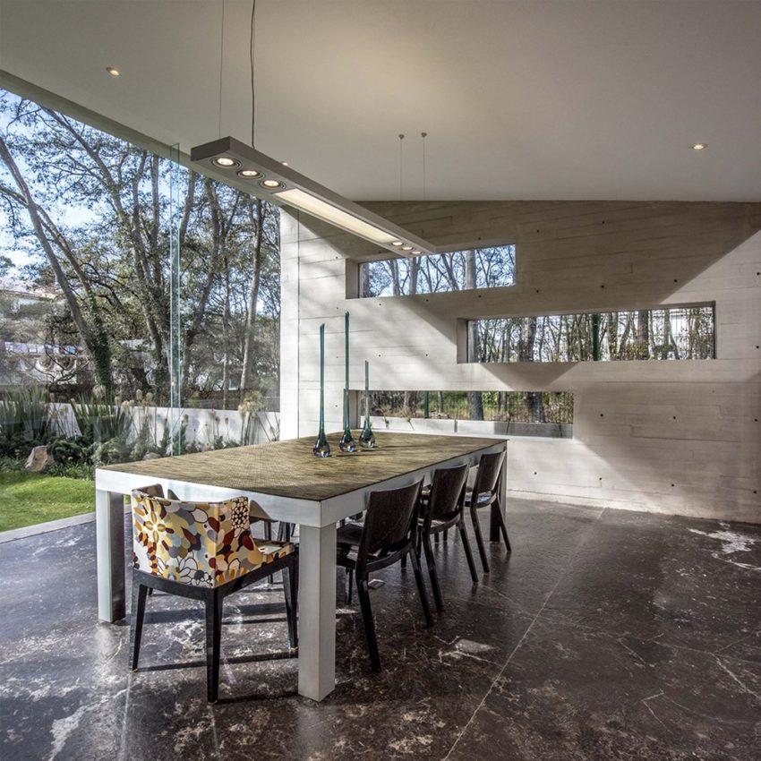 fachada-residencial-em-vidro-e-concreto-por-grupo-mm