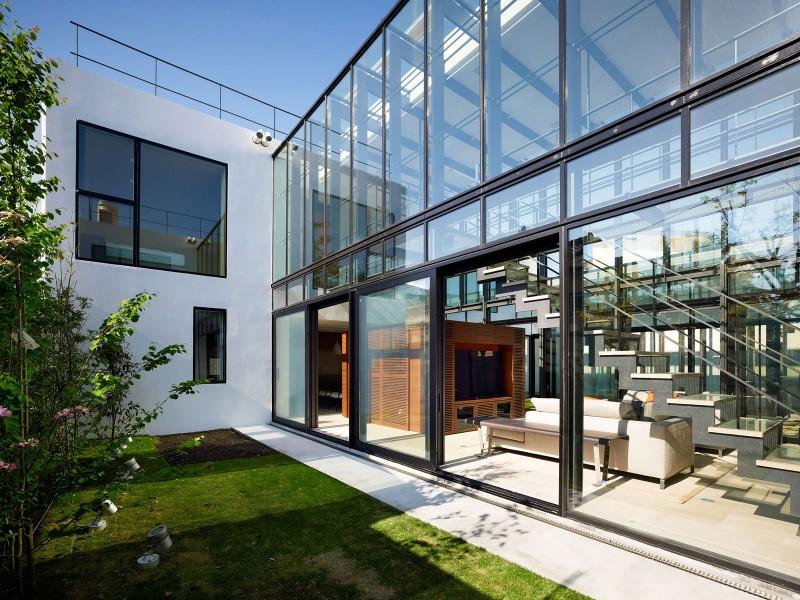 estrutura-metalica-para-fachada-de-vidro-com-vigas-I-de-aço